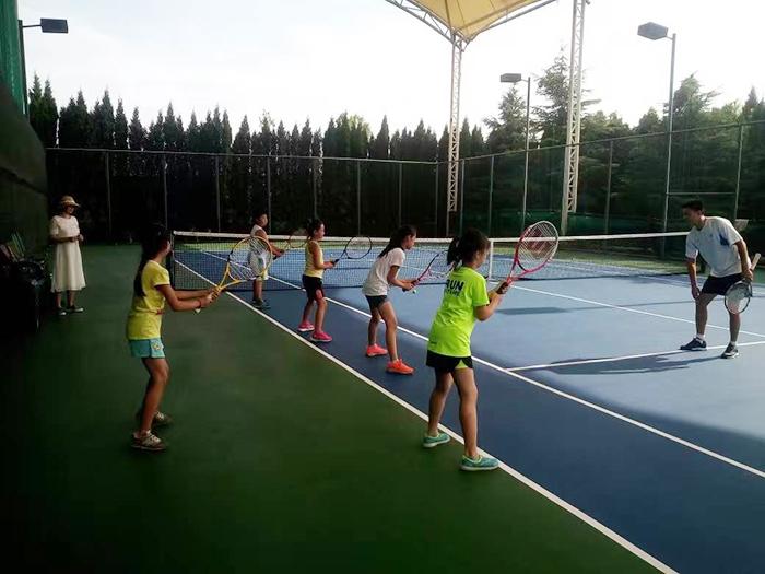 【快乐假期】烟台凤凰山宾馆暑期网球培训班开班啦!